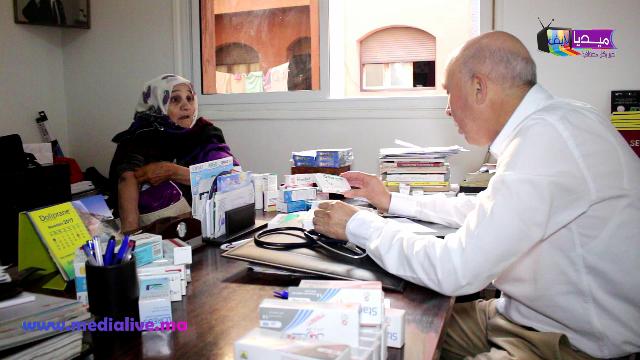 أزيد من 100 مستفيد ومستفيدة من حملة للكشف عن داء السكري بعين حرودة