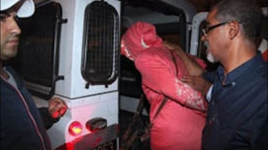 زيارة سيدة لمستوصف بالمحمدية تنتهي بها  داخل السجن