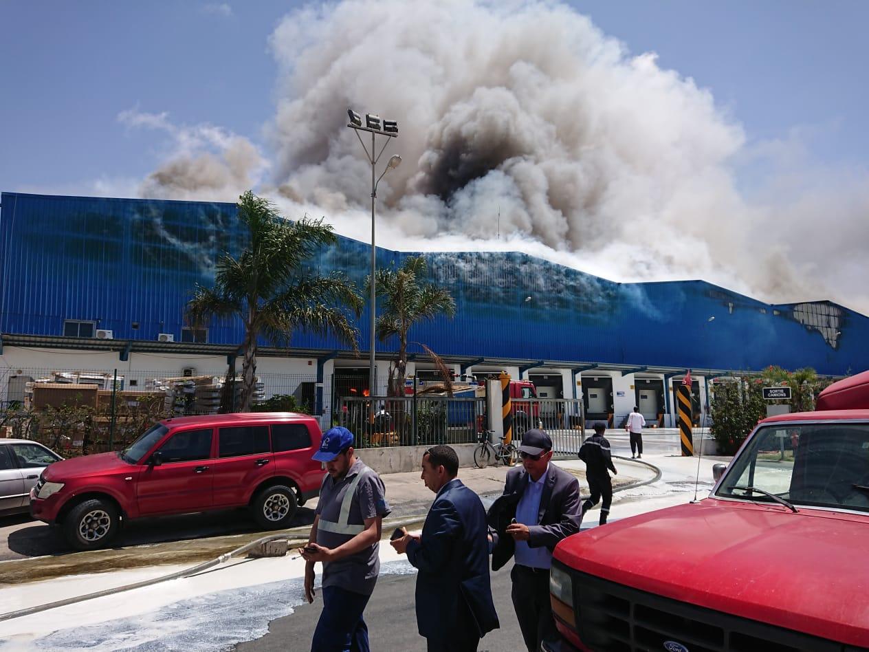 بالصور: حريق مخازن المحمدية نشب في زيوت وشوكولاتة ومشتقات حليب ( جودة )