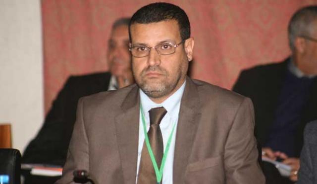 عبد الصمد حيكر يقود انقلابا على رئيس جماعة المحمدية