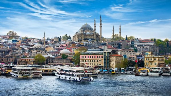 خبر صادم !! للراغبين في  السفر الى تركيا مستقبلا ..الليرة التركية ترتفع وهده سلبياتها