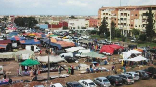 في غياب الأمن بلطجية ومافيات ومجرمون يسيطرون على سوق بني يخلف بالمحمدية