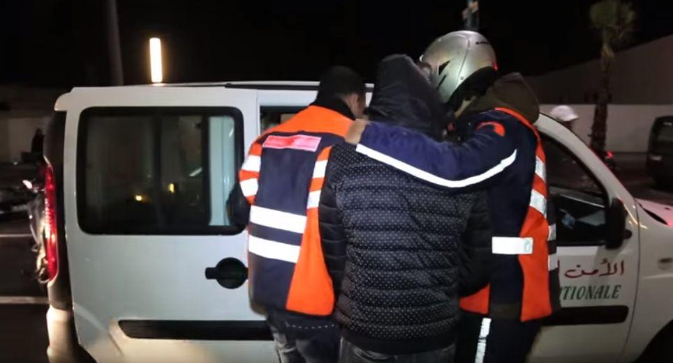 اعتقال سائق سيارة رباعية الدفع  بالمحمدية محملة بأزيد من 20 ألف قرص مخدر