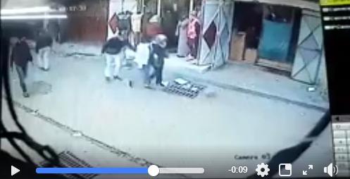 اعتقال شخص سجلته كاميرا وهو يسرق فتاة بمدينة سلا