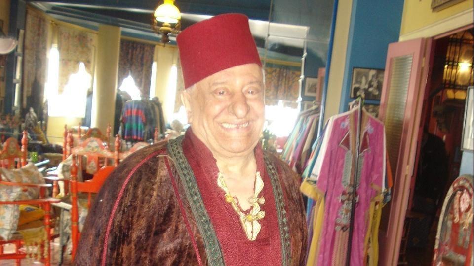 الممثل المغربي البشير سكيرج   يهاجم الأسرة الملكية وهذه تفاصيلها