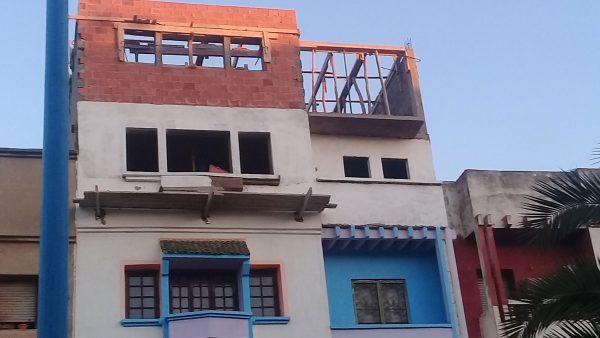 استفحال ظاهرة بناء الطوابق العلوية بدون تراخيص بعدة أحياء بعين حرودة