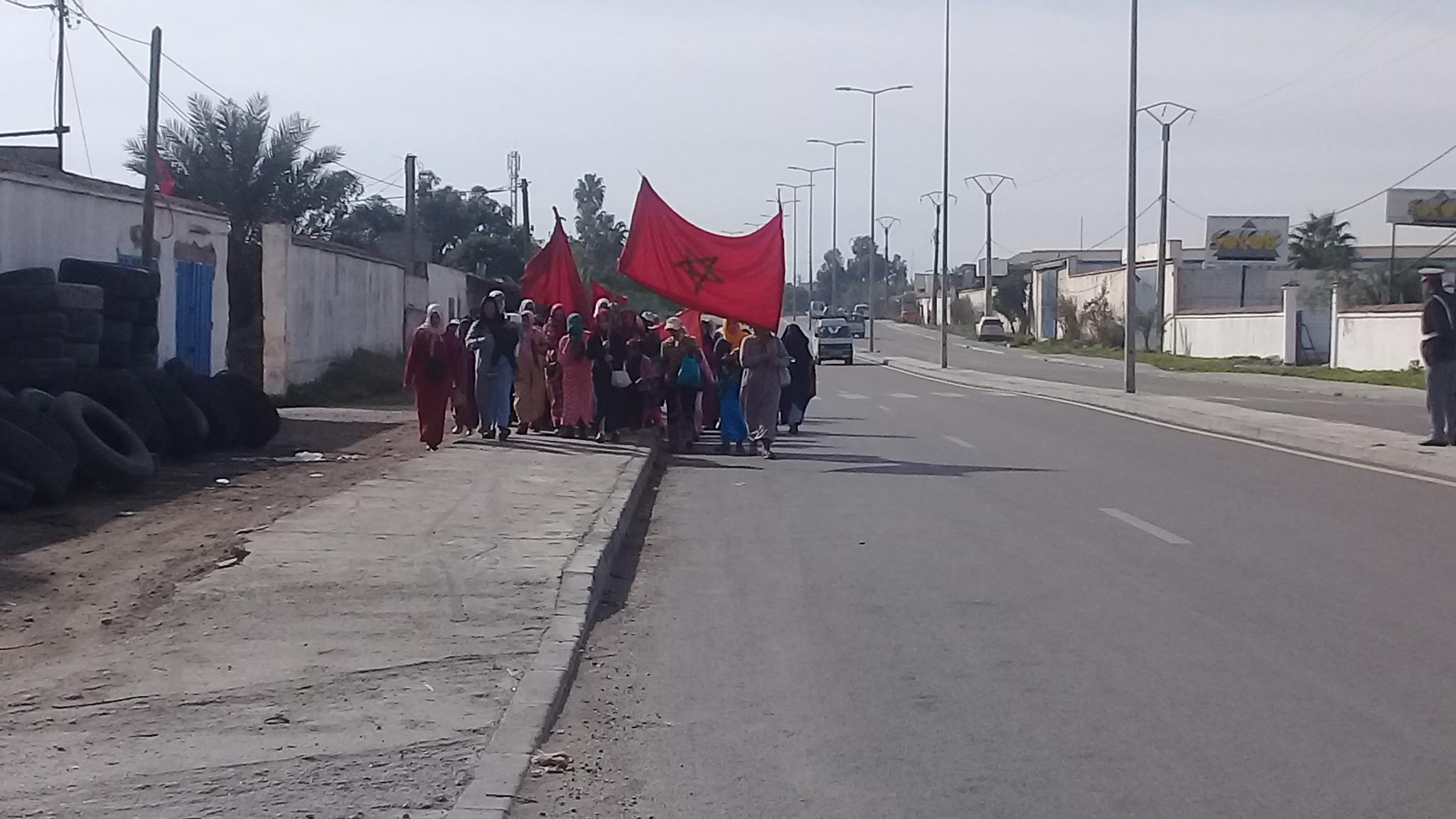 الدرك الملكي يعترض مسيرة نسائية كانت في طريقها نحو عمالة المحمدية