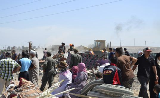 مواجهات بين سكان دوار سيدي عباد والقوات العمومية  أثناء هدم مساكنهم