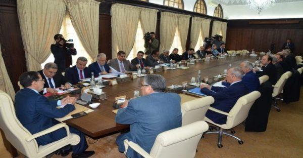 الحكومة تصادق على مشروع دعم الصحافة والنشر والطباعة والتوزيع