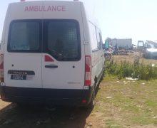 سيارة اسعاف لدار الولادة بعين حرودة  في خدمة ممرضة مولدة من أجل التسوق