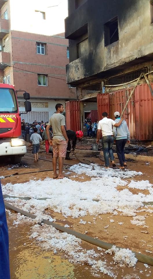 المحمدية … حريق مهول  بمحل تجاري والنيران تمتد لطوابق عليا بجماعة الشلالات