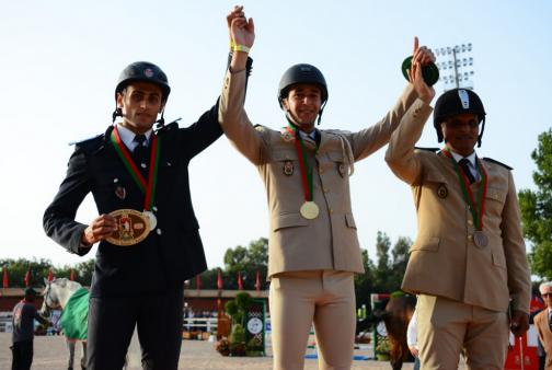 خيالة الأمن الوطني يحرزون على ميدالية ذهبية في ترويض الخيول