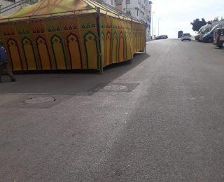 عين حرودة ….خيمة للجماعة الحضرية  مخصصة للعزاء تتحول إلى مكان للرقص والغناء