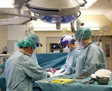 وزير الصحة يمنع المستشفيات من اشتراط الآداء المسبق قبل التكفل بالحالات المستعجلة