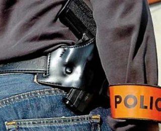 الدارالبيضاء …شرطي يشهر سلاحه الناري في وجه سكير