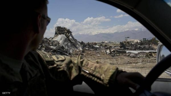 سقوط طائرة أمريكية فوق أفغانستان والحصيلة غير معروفة