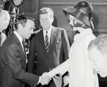 السفارة الأمريكية بالرباط تحتفي بأول  زيارة للمرحوم الحسن الثاني لأمريكا ( فيديو ))