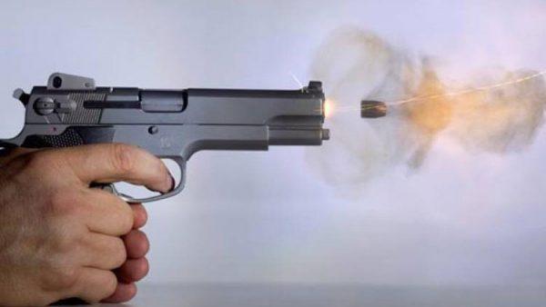 وجدة .. رصاصة تشل حركة شخص عرض حياة الشرطة والمواطنين للخطر