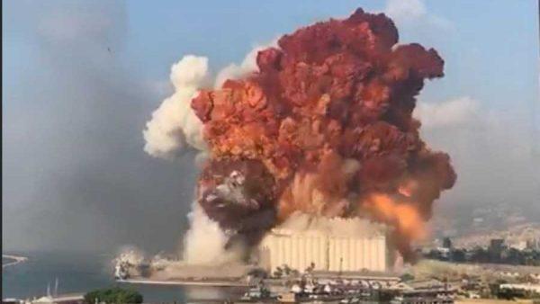 فرض الإقامة الجبرية على المسؤولين عن انفجار مرفأ بيروت بلبنان