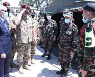 قائد الجيش اللبناني يزور المستشفى الميداني المغربي ببيروت