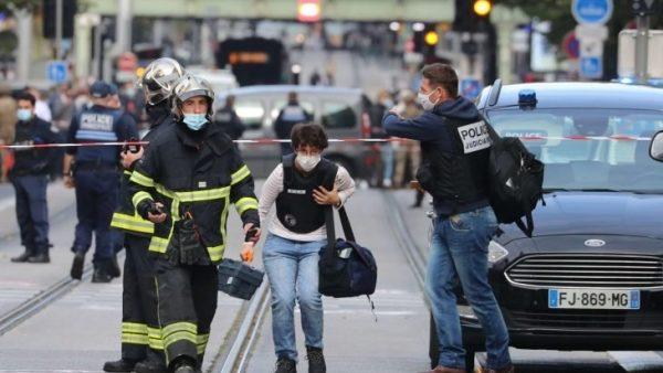 ثلاثة قتلى  في جريمة  طعن  وذبح  وإصابة آخرين بجروح في نيس الفرنسية