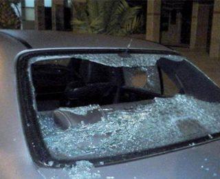 آزمور ….بوليسية تخرب سيارة رئيسها وتهشم زجاج نوافد منزله