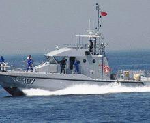 فقدان متدربين اثنين من كوماندوز البحرية الملكية أثناء تدريبات  ووصول آخرين سباحة للشاطئ الإسباني