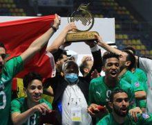 المغرب يتوج بطلا لكأس العرب لكرة قدم الصالات ( صور )
