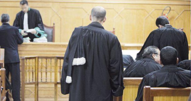 بعد  تبرئته من تهمة التحرش الجنسي ،القضاء الاداري ينصف استاذ جامعي بالمحمدية