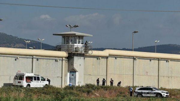 بالفيديو: التفاصيل  الكاملة  حول هروب 6 أسرى فلسطنيين من سجن إسرائيلي