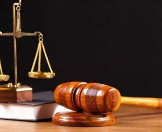 القنيطرة.. توقيف  ضابط ومفتش شرطة  في قضية ارتشاء وابتزاز بائع للخمور